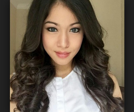 Profil Biodata Mawar Eva De Jongh, Pemenang Miss Celebrity ...