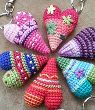 http://www.ravelry.com/patterns/library/herz-gehakelt---crochet-heart