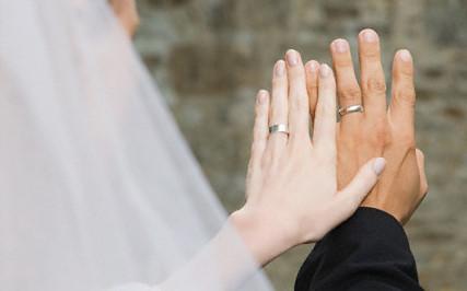 Dios es mi alegr a en que dedo se lleva el anillo matrimonial - En que mano se lleva el anillo de casado ...