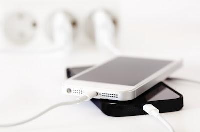 Pengisian Baterai Ponsel Lebih Cepat