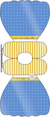 Tarjeta con forma de vestido de Corona Dorada en Azul y Amarillo.