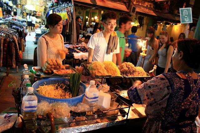 Ratchawat Market & Sriyan Market