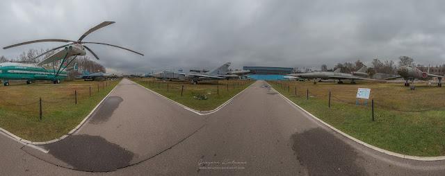 Панорама открытой части экспозиции центрального музея ВВС в Монино