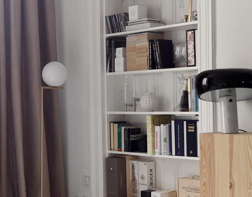Una casa in cui le lampade sono protagoniste