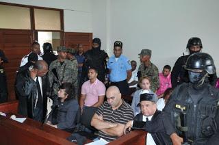 Marlon y Marlin son acusados de actos de tortura, barbarie y asesinato de Emely Peguero