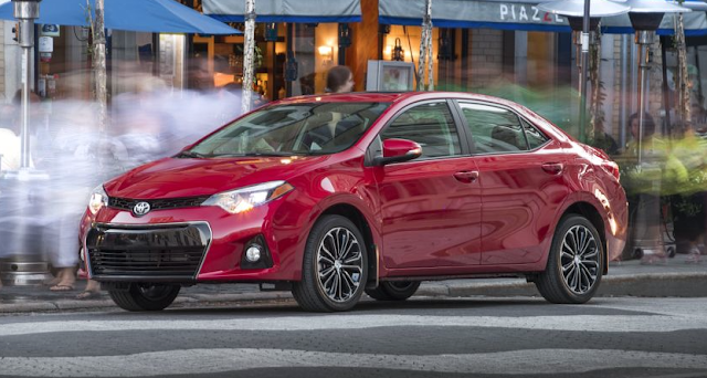 2015 Toyota Corolla S red