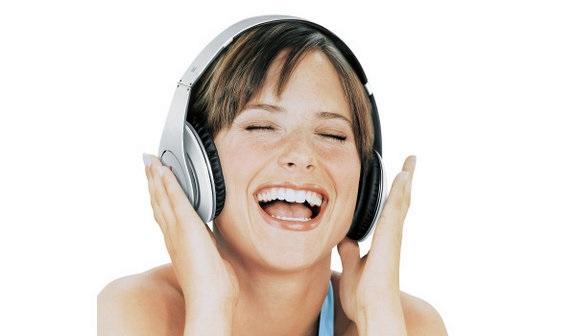 Os fones de ouvido são um dos poucos componentes que possuem compatibilidade com quase todos os aparelhos e dispositivos eletrônicos