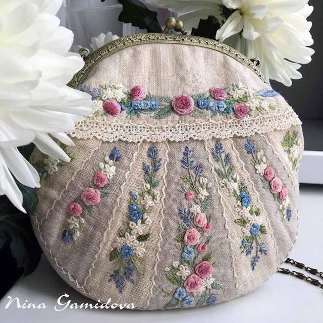льняная сумочка с вышивкой