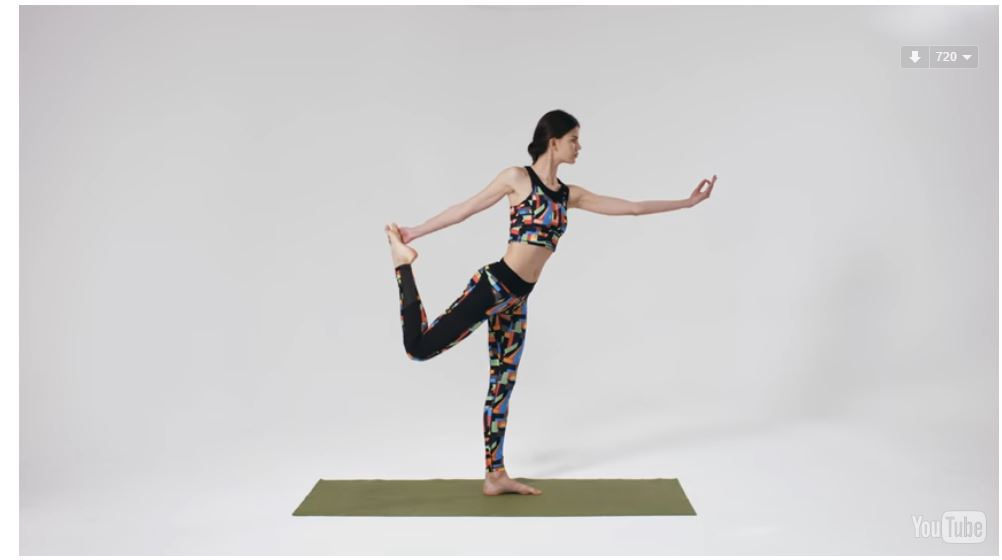 HOW TO WORKOUT LIKE A MODEL: YOGA   VIDEO TUTORIAL