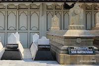 makam raja raja demak