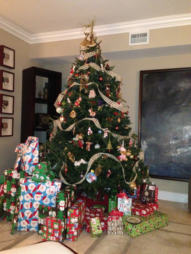 Non Toxic Munchkin Christmas Tree Showdown Natural Trees Vs