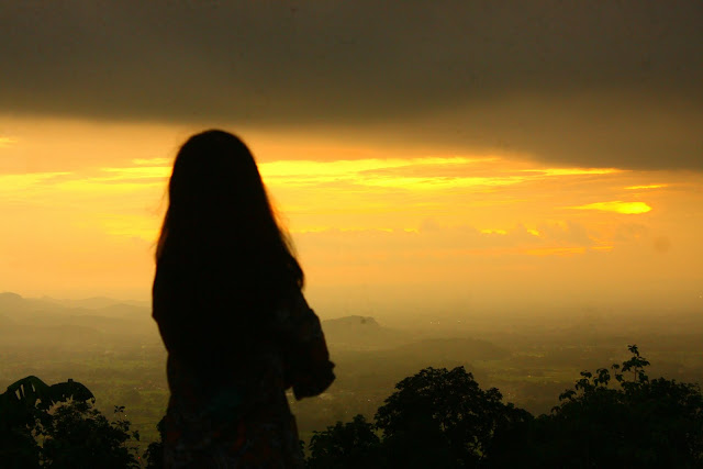 Senja Kelabu - Cerpen Sedih | Sad Story