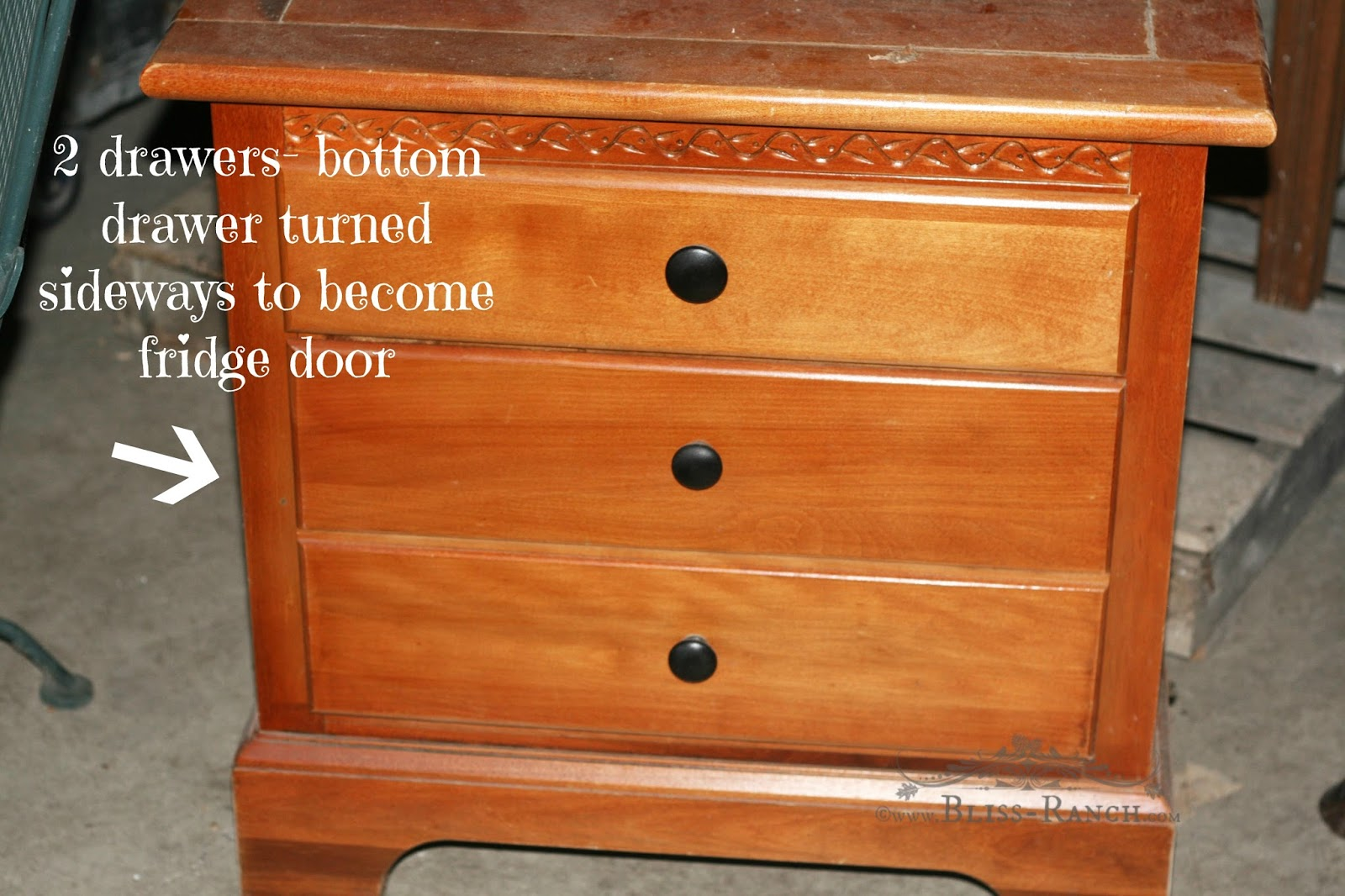 Upcycled Nightstand to Play Kitchen Bliss-Ranch.com #playkitchen #upcycle #kids