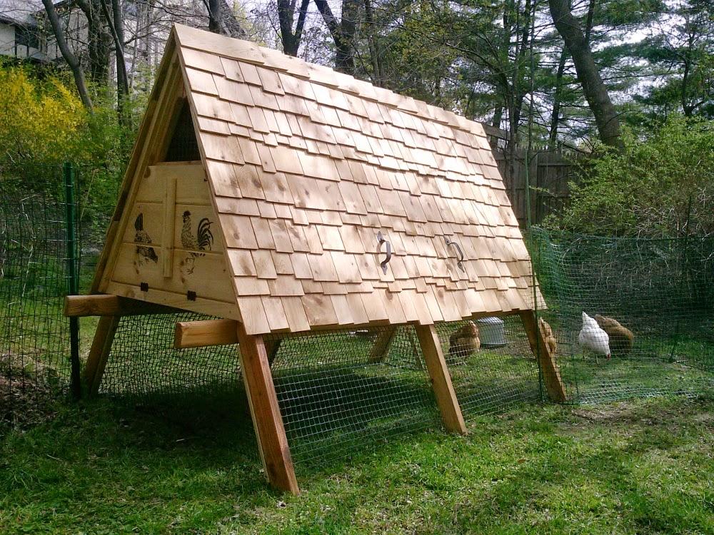http://bensnaturalbuilding.blogspot.com/2014/05/redesigning-chicken-ark-with-unadilla.html