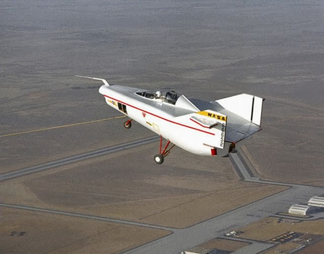 Amazing Collection Of Flying Machines (23 Pics)