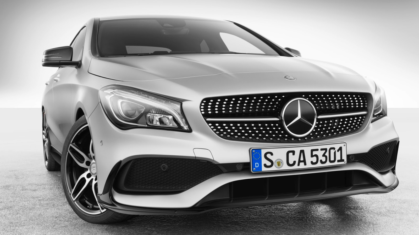 Mercedes amg releases new accessory line for the cla for Mercedes benz amg parts