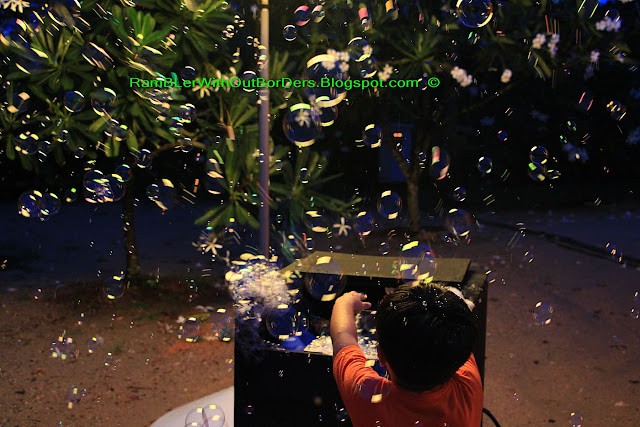 Soap bubbles, Christmas Wonderland, Gardens by the Bay, Singapore