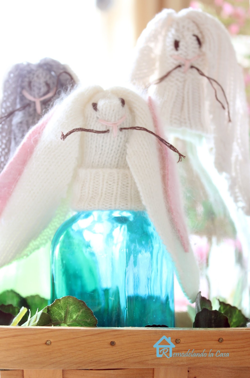 how to make bunny bottle toppers