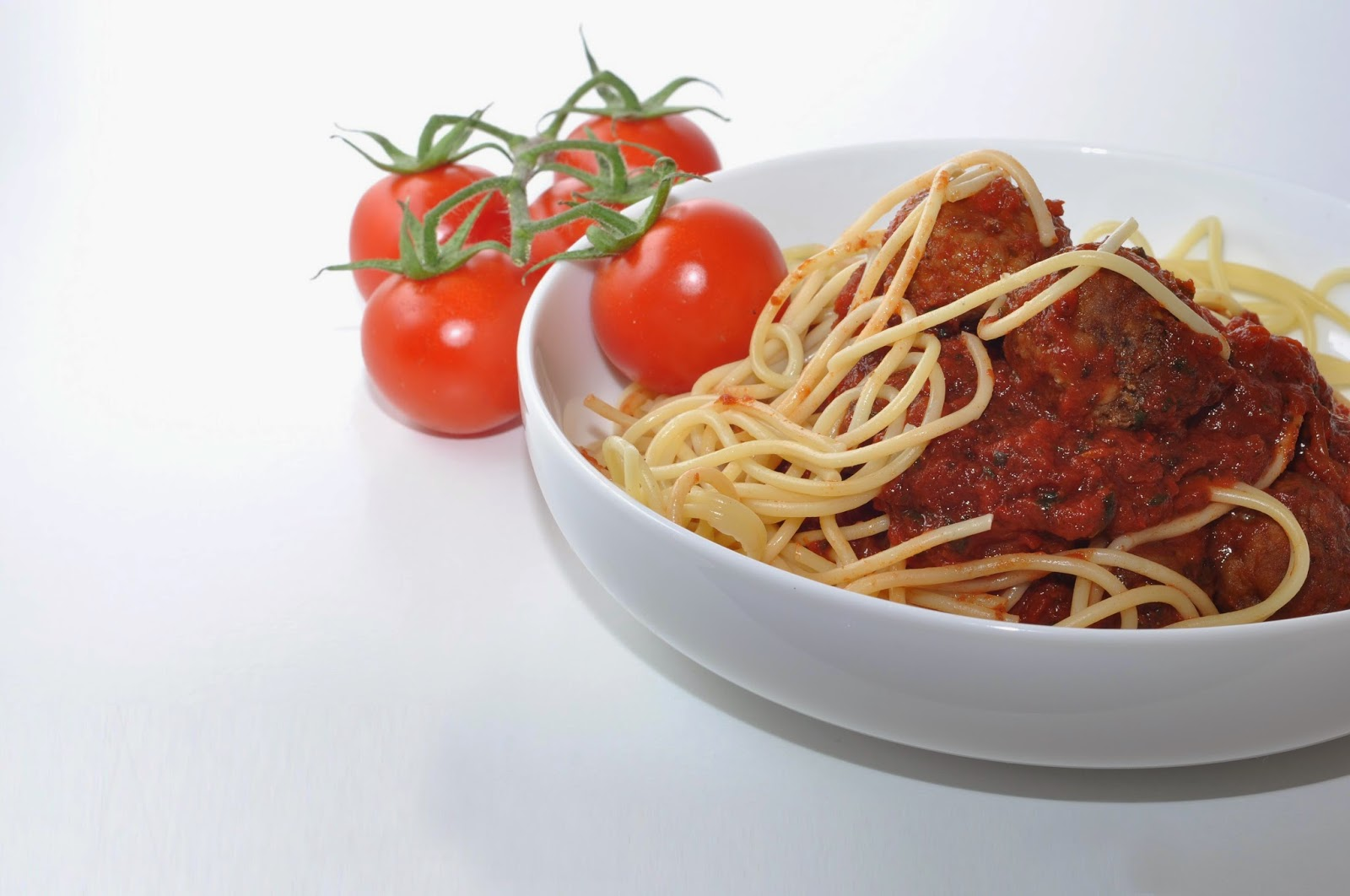 Spaghetti Meatballs in Spicy Tomato Sauce ~ Simple Food
