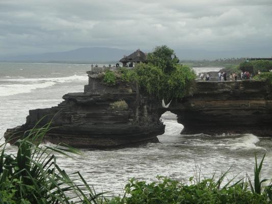 Batubolong Tanah Lot Temple - Bali, Holidays, Tours, Attractions, Temples, Hindu, Bedugul, Ulundanu, Lake, Beratan