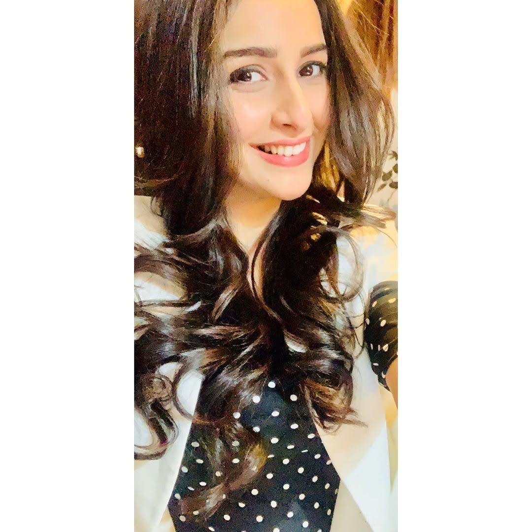 Sadia Khateeb 31
