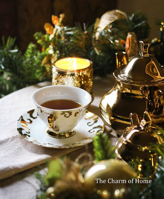 New Year Tea: The Charm of Home