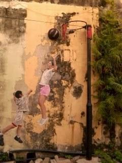 "<a href=""url gambar""><img alt=""street art penang malaysia mural basket ball"" src=""urlgambar"" title=""street art penang malaysia mural basket ball mural"" />"