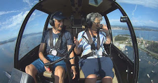 benita helicoptero volando voy