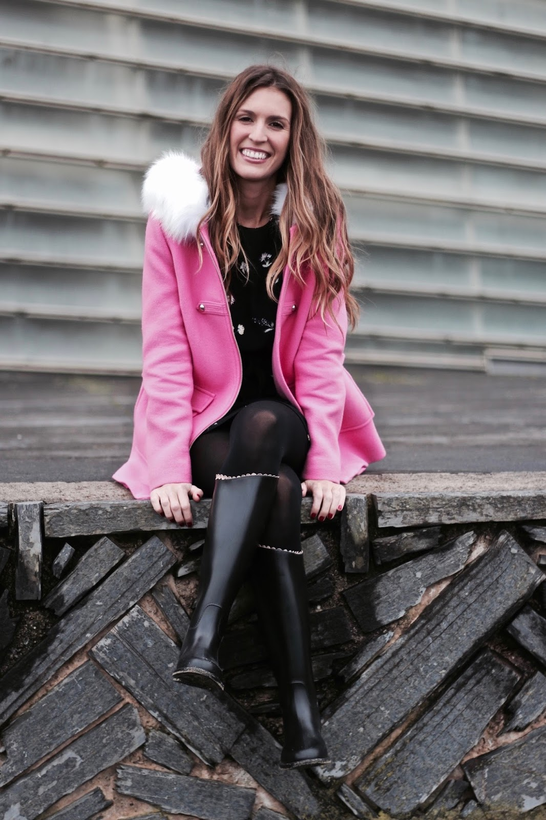 abrigo rosa de paño