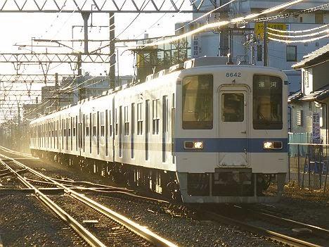 東武野田線 運河行き 8000系