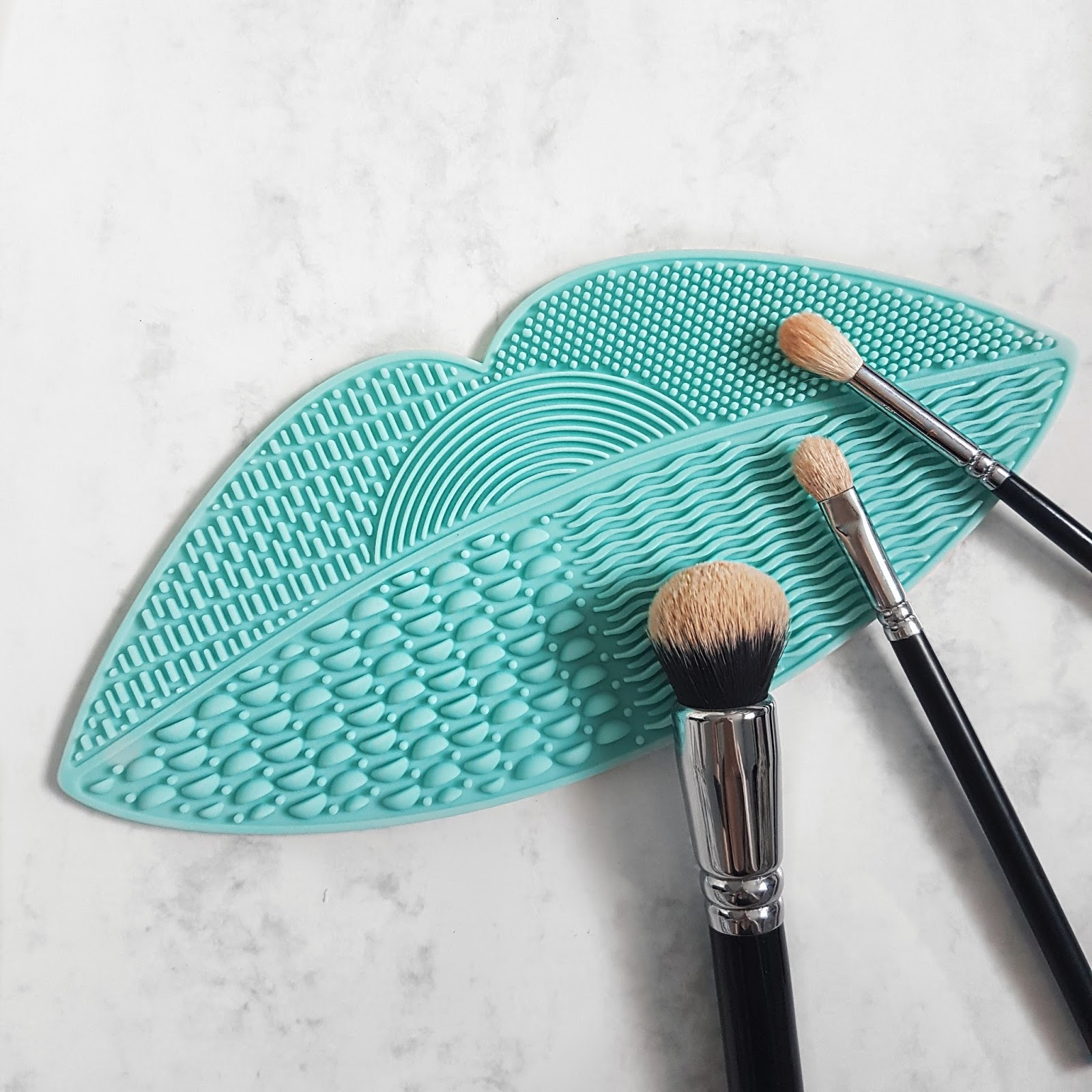 Make Up Brush Cleaning Mat
