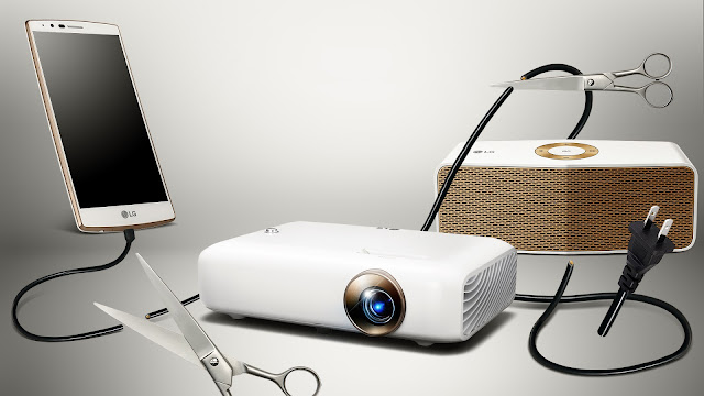 The Ultimate Plug and Play Experience for Dad @LGSouthAfrica #MiniBeamProjector