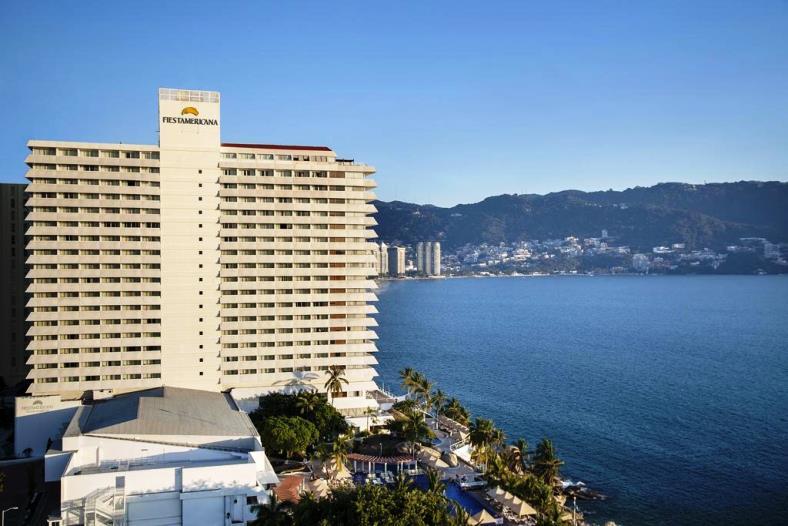 Romania live hotel fiesta americana villas live webcam for Americana hotel nyc