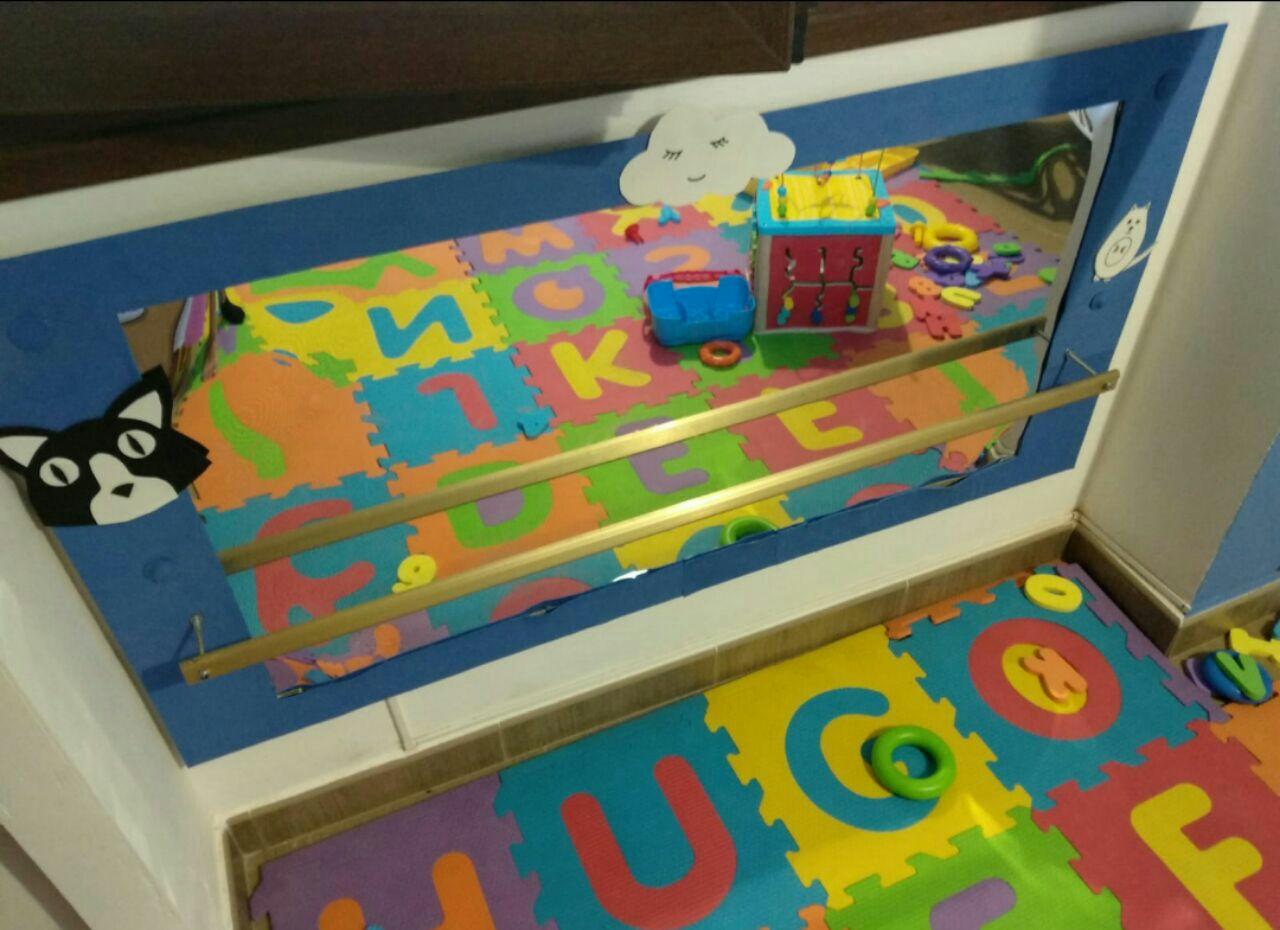 Espejo Montessori con barra (DIY)