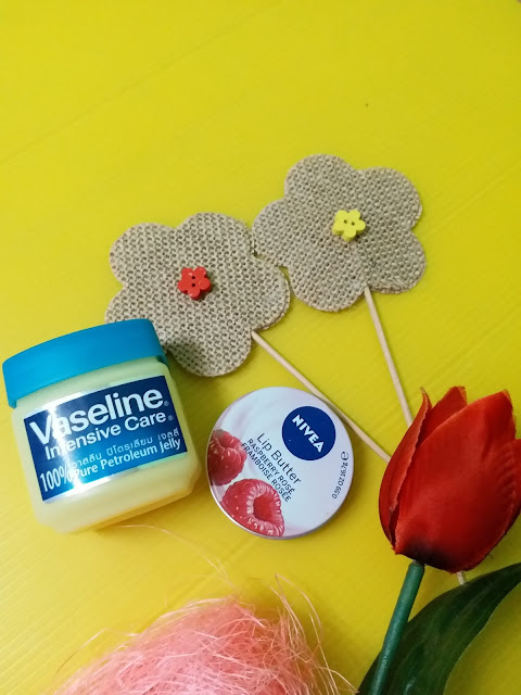 Review Nivea Lip Butter