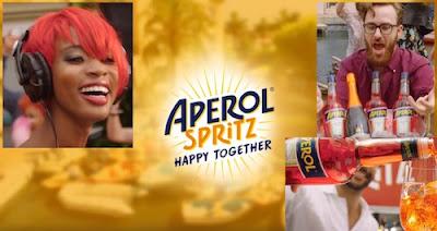 Canzone Aperol Spritz pubblicità, Spot con festa, barchette - Maggio 2017