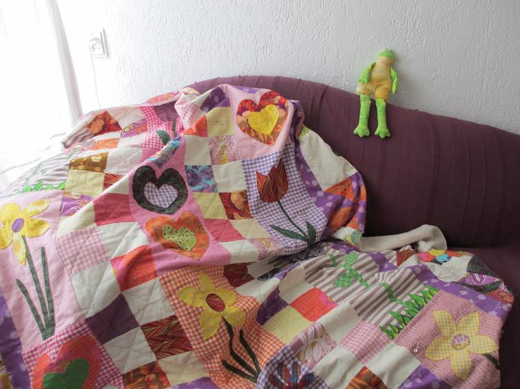 Kleine vingers tussen stofjes kleine sterren - Quilts gele ...