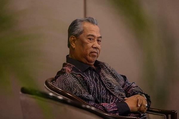 Muhyiddin Sah Digantung Keahlian Umno, Jawatan Timbalan Presiden Terlucut