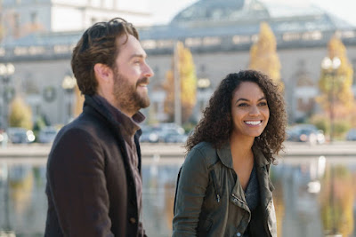 Tom Mison and Lyndie Greenwood in Sleepy Hollow Season 4 (15)