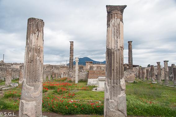 Santuario de Apolo en Pompeya, las ruinas de la ciudad romana
