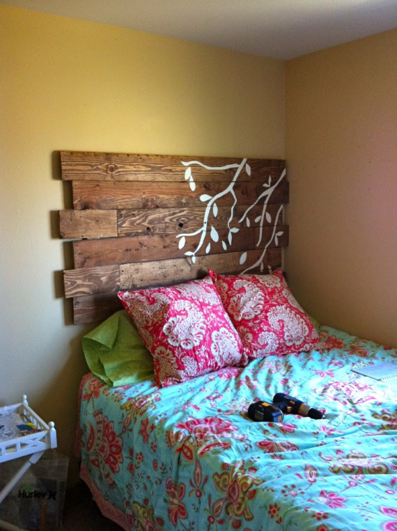diy reclaimed wood storage bench