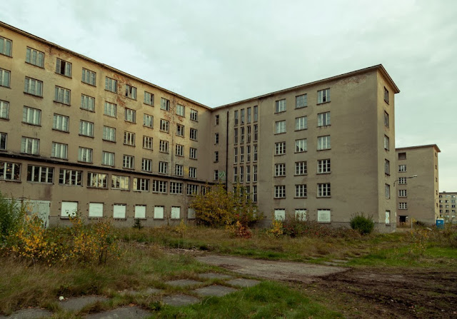 Breaking the circle the nazi unfinished holiday 39 s resort for Nazi holiday resort