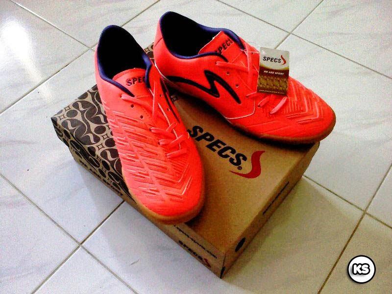 Sepatu Olahraga (Futsal) Specs - dok. pribadi defacee1a0