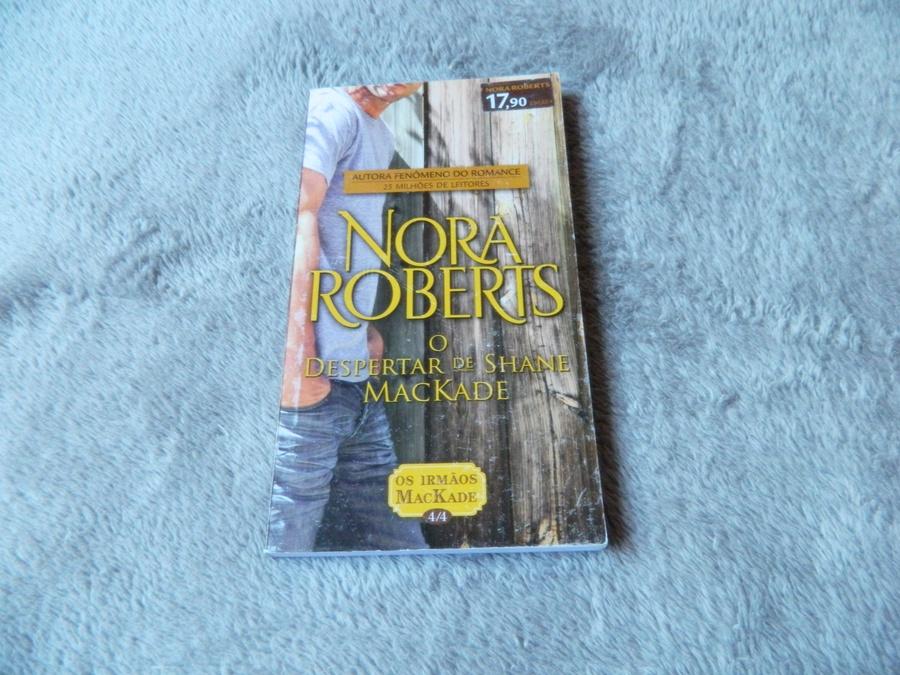 livro O despertar de Shane Mackade - Nora Roberts