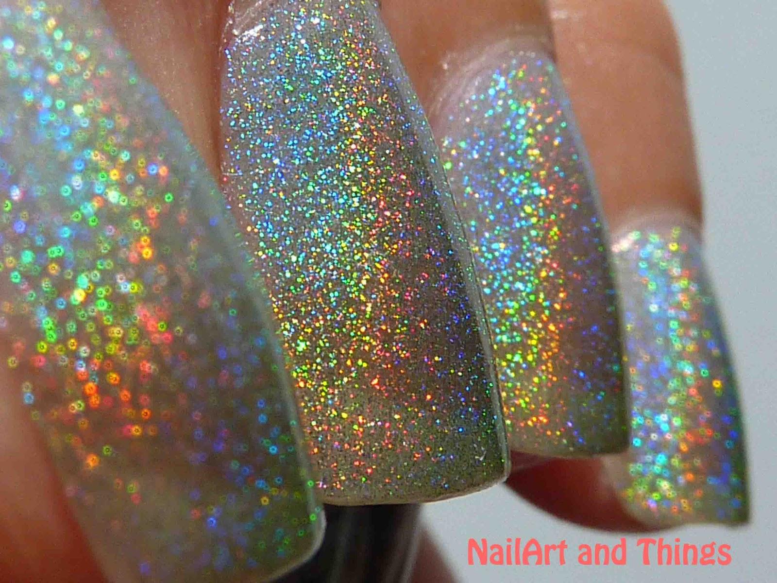 Nailart And Things: NailArt And Things: Holo-ey Grail : Glitter Gal Holo Green