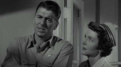 Hellcats of the Navy 1957 movieloversreviews.filminspector.com Ronald Reagan Nancy Davis