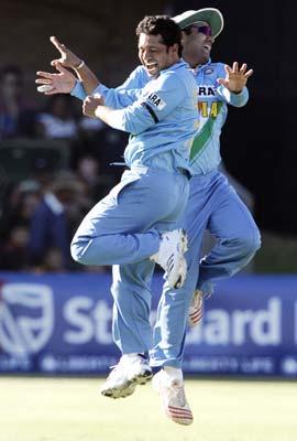 Funny indian cricket team | FUNNY INDIAN PICTURES GALLERY ...
