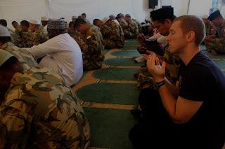 Pasukan Garuda Gelar Shalat Tarawih di Soedirman Camp Lebanon Selatan