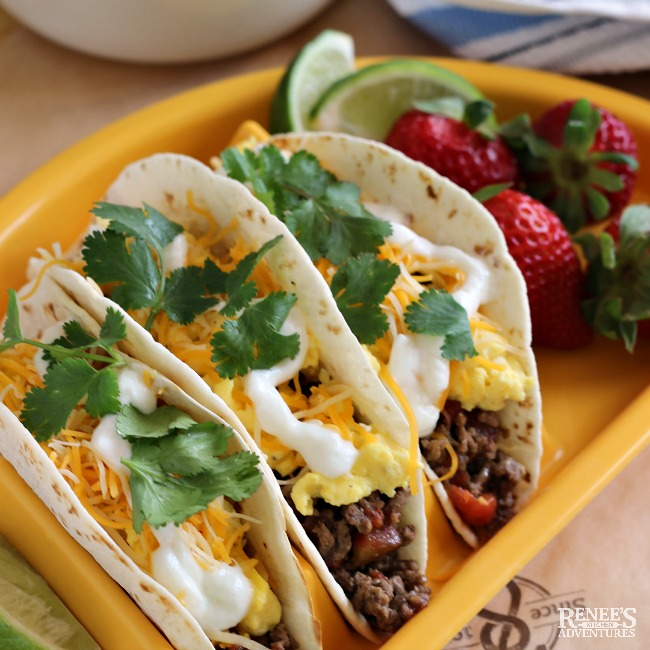Carne Picada Breakfast Tacos plated