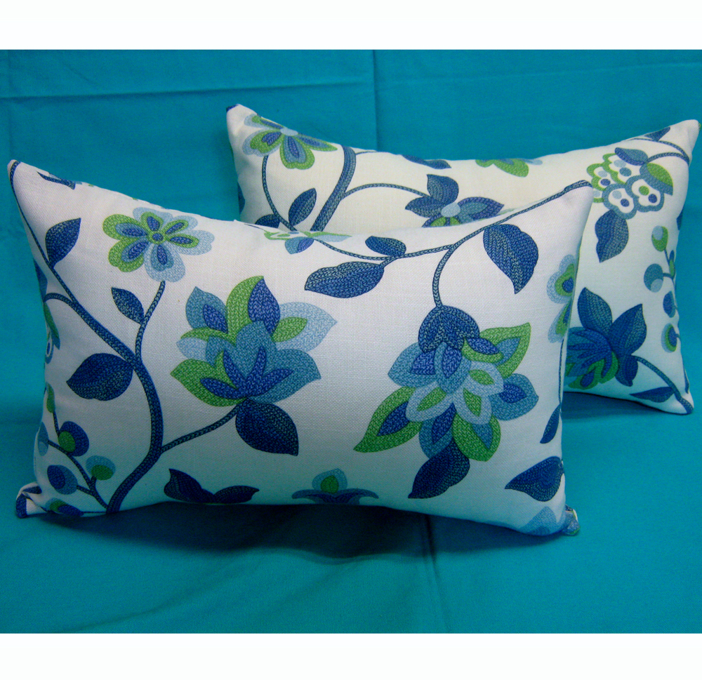 Textile and Decor: Decorative pillows from Waverly screen ...